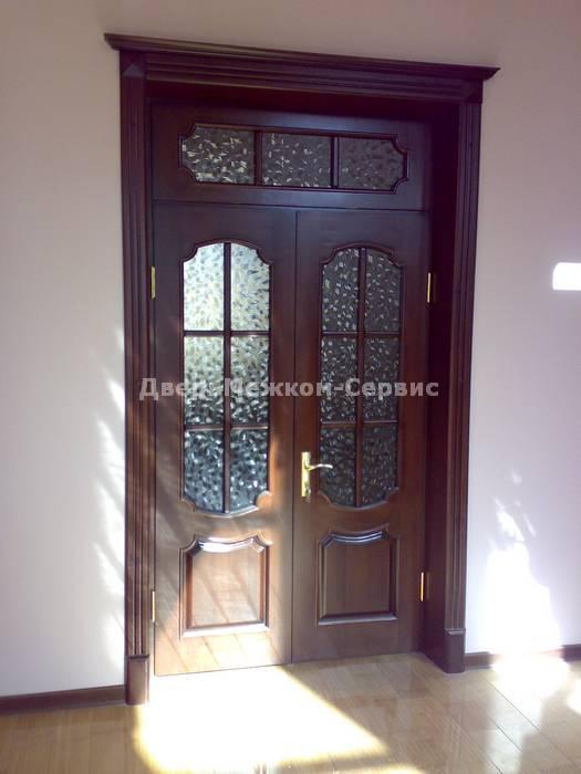 Двойная дверь из массива дуба