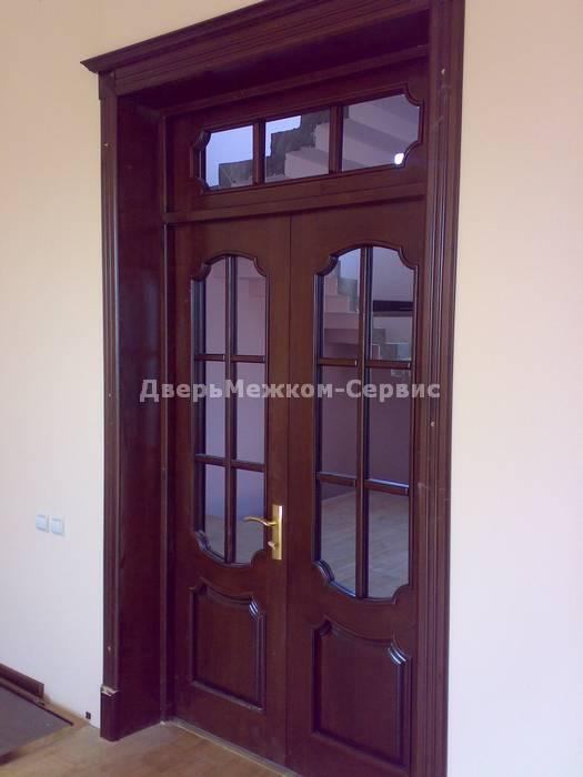 Двойная дверь с греческим наличником