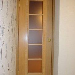 Остекленная дверь