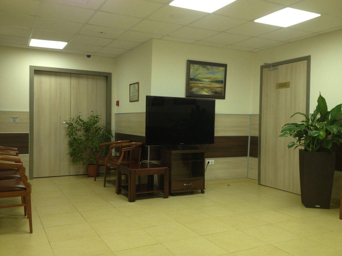 Двери межкомнатные в офисе