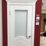 Межкомнатная дверь эмаль со стеклом