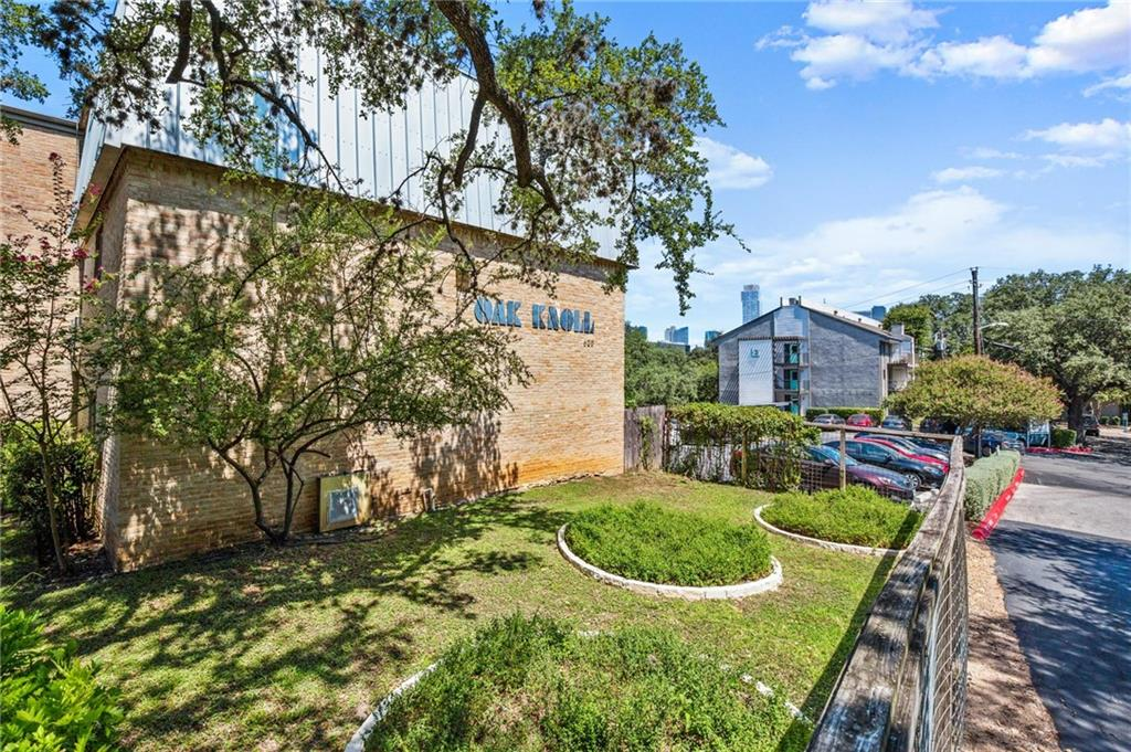 Tastefully renovated 2/1 condo-cute as a button! LOCATION, LOCATION-walking distance to downtown, Zilker Park, Lady Bird Lake, numerous trails, SOCO, and the list goes on! HOA covers gas and water. Plenty of parking which is rare for condos. Nice community pool. Great patio with back gate access. 1st floor unit. Owner confirmed with licensed plumber that washer and dryer hook ups could be installed. New owner would still need to apply with HOA.Restrictions: Yes
