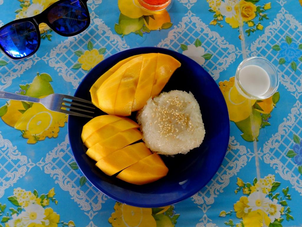Moje ulubione śniadanie w Tajlandii - mango sticky rice