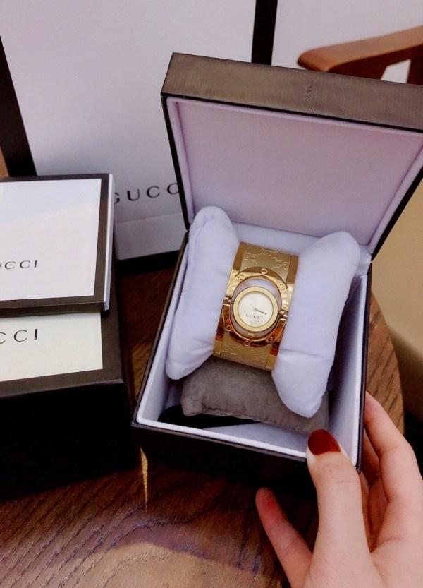 Đồng hồ Gucci nữ 1