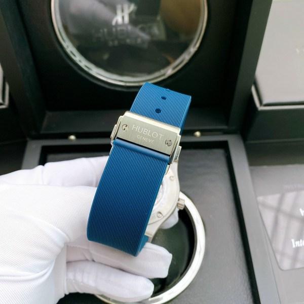 Đồng hồ Hublot dây cao su màu xanh dương