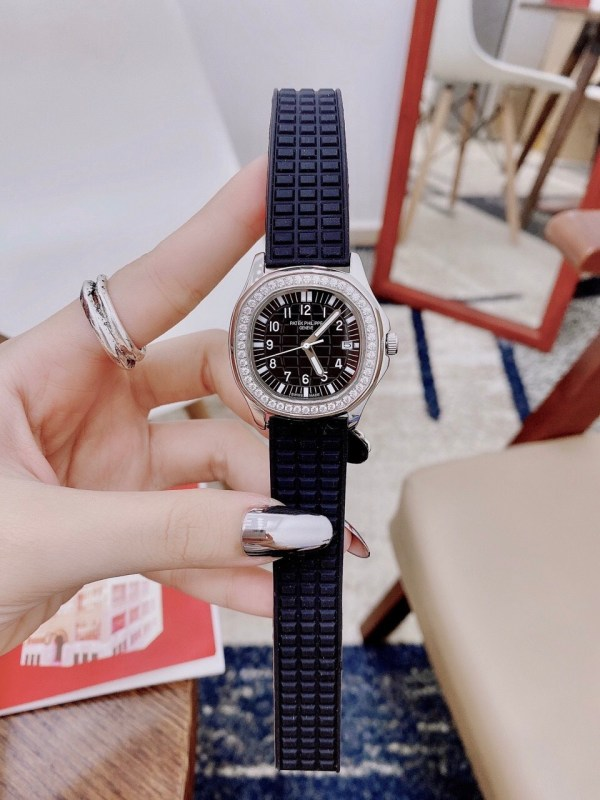 Đồng hồ đeo tay nữ đính đá