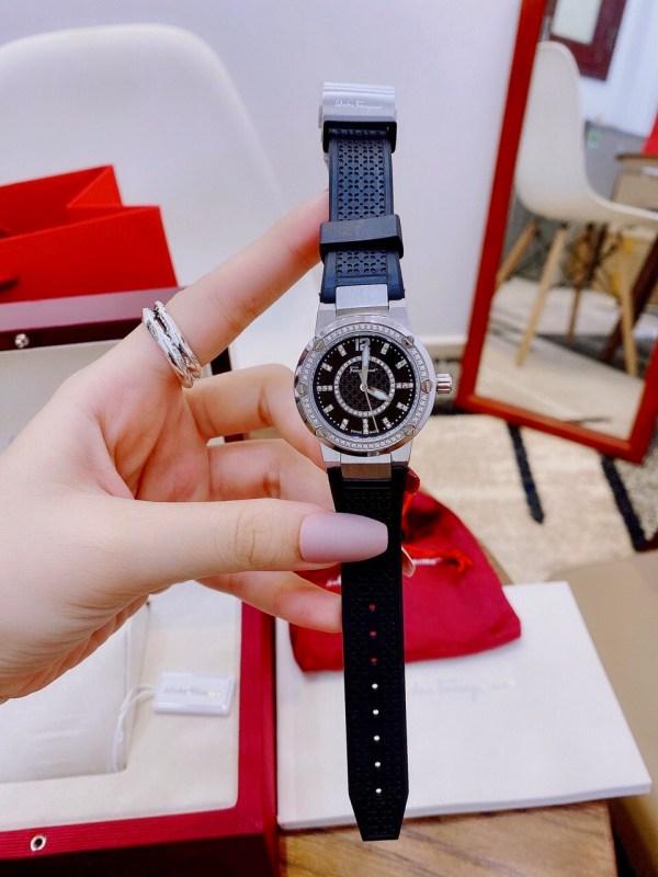 Đồng hồ Ferragamo f80