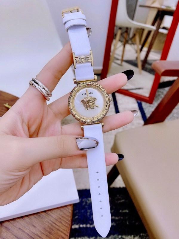 Đồng hồ nữ dây da Versace