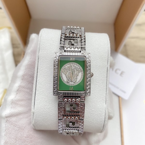 Đồng hồ Versace mặt vuông
