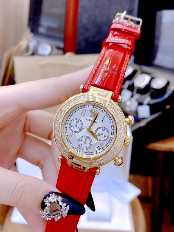 Đồng hồ Versace nữ dây da màu đỏ