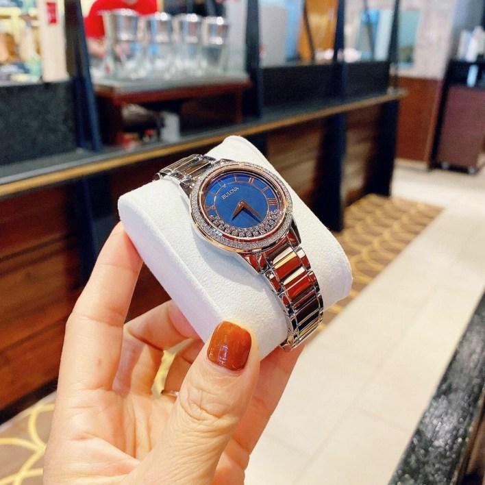 Đồng hồ Bulova chính hãng xách tay
