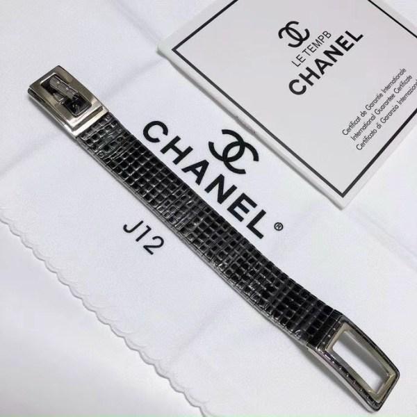 Đồng hồ Chanel J12