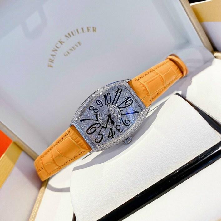 Đồng hồ Franck Muller nữ dây da màu cam