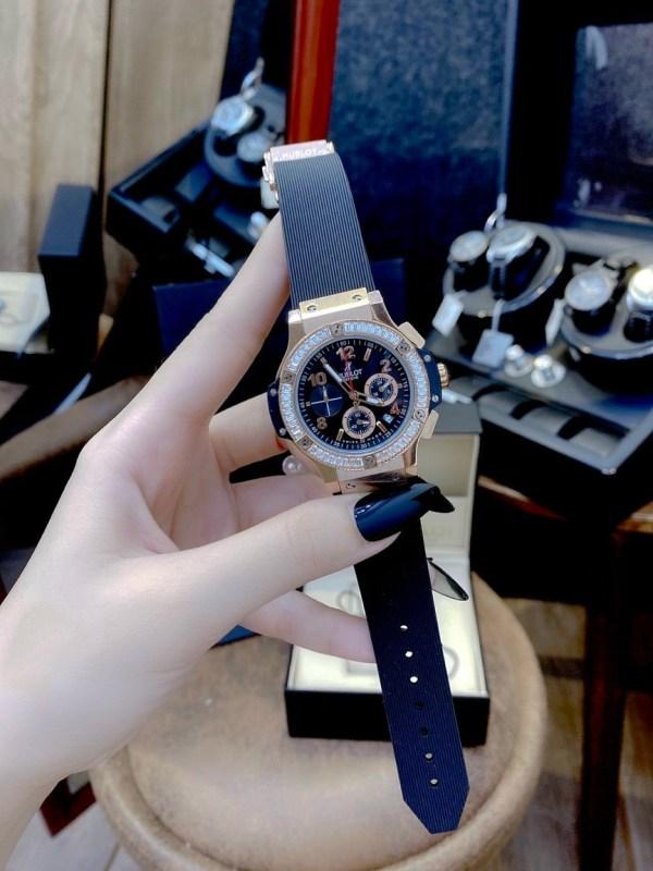 Đồng hồ Hublot nữ dây cao su màu đen