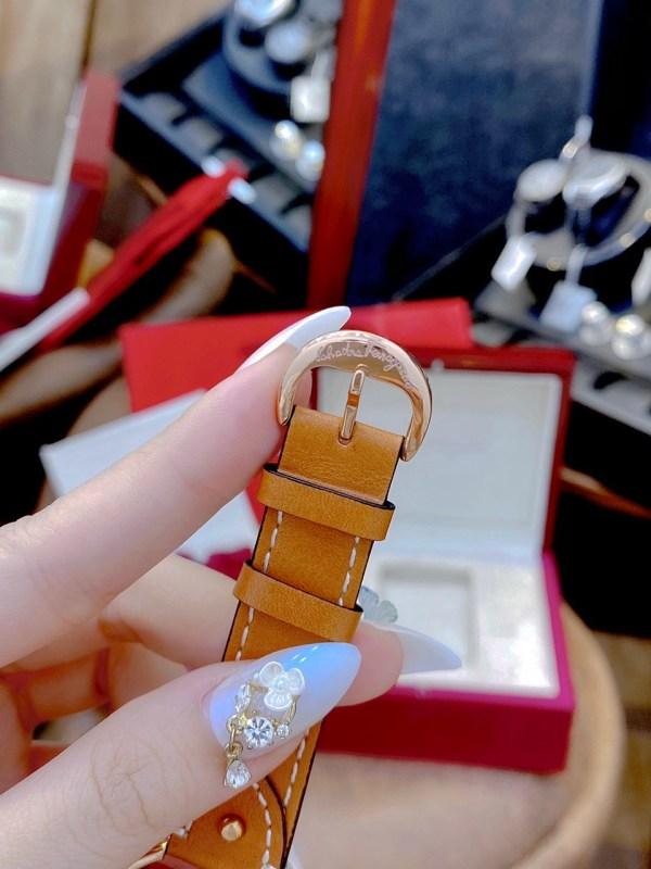 Đồng hồ Ferragamo nữ giá rẻ