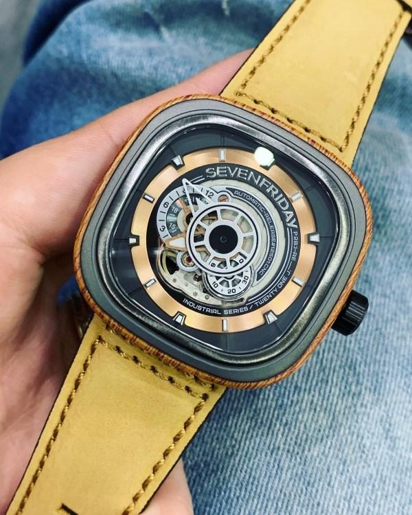 Đồng hồ SevenFriday automatic