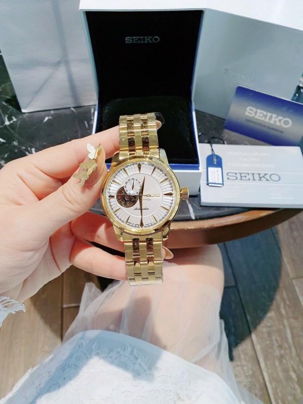 Đồng hồ Seiko máy cơ