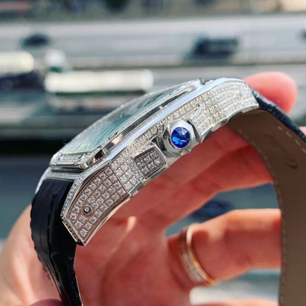 Đồng hồ Cartier đính đá