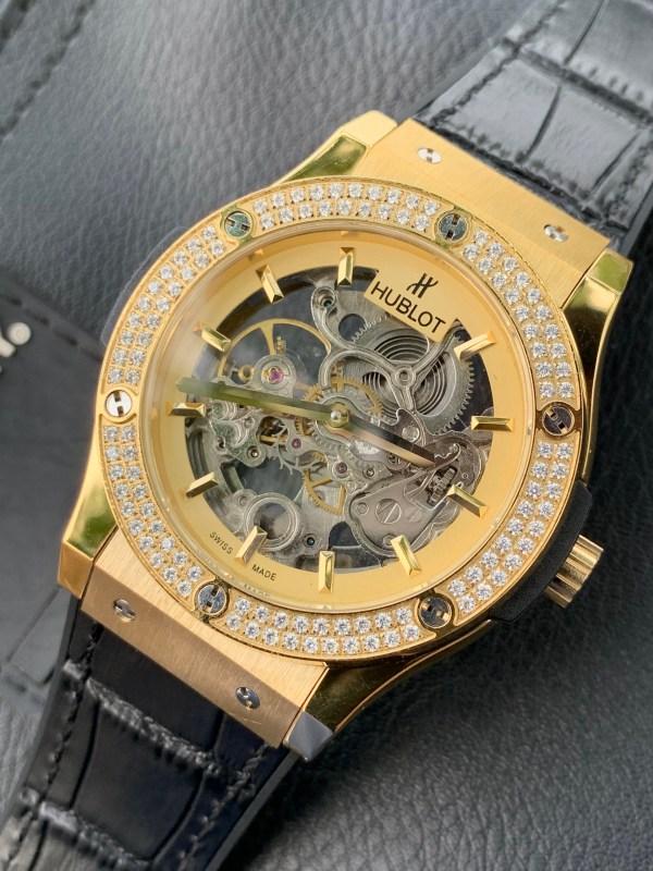 Đồng hồ Hublot Skeleton