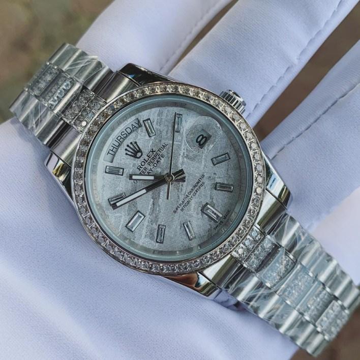 Đồng hồ nam dây kim loại Rolex
