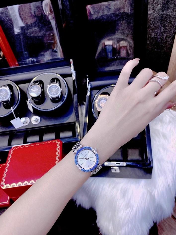 Đồng hồ nữ đính đá Michael Kors