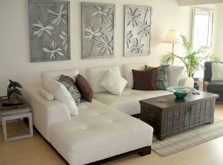 Bring The Shore Into Home With Beach Style Living Room