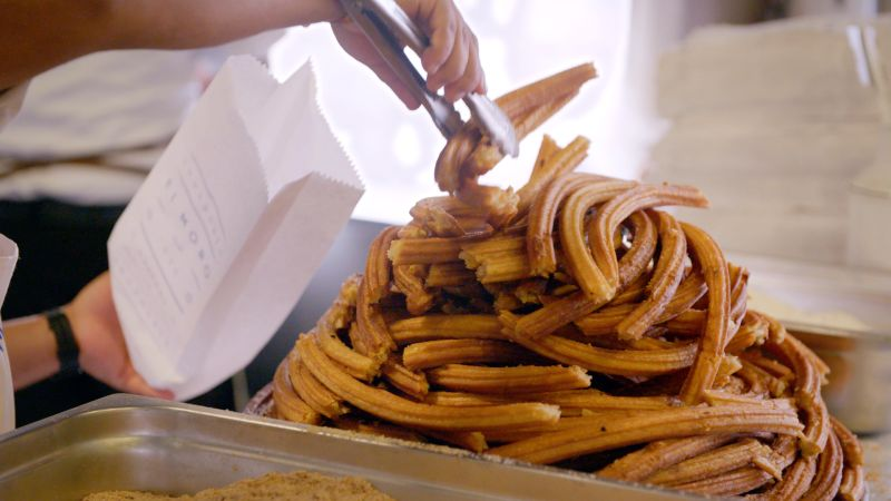 Watch Mexico City S Best Spot For Churros Is Open 24 7