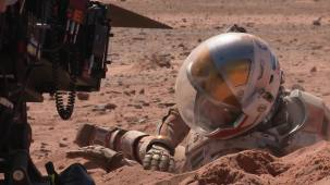 """Watch Find Out How FX Experts Created Mars in """"The Martian"""" 