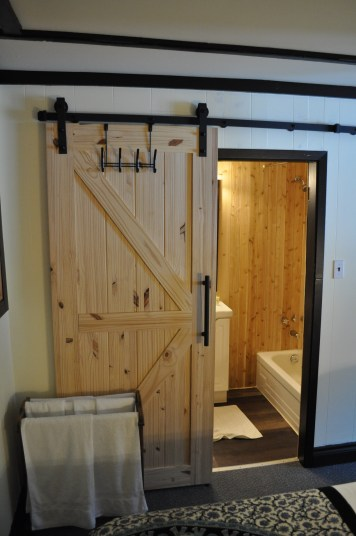 std suite bath