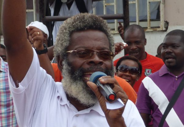 Je demande aux enseignants d'intensifier la grève (Simon Ndong Edzo)