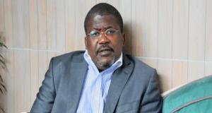 Gabon : Jean-Pierre Rougou dans le bain du dialogue