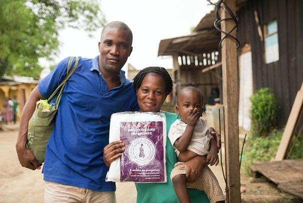 lutte contre le paludisme au gabon 9 000 moustiquaires distribuees - Lutte contre le paludisme au Gabon : 9 000 moustiquaires distribuées