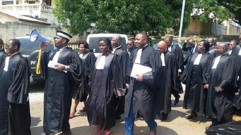 Gabon : Pourquoi les magistrats ont assiégé le bâtiment du ministère de l'Egalité des chances