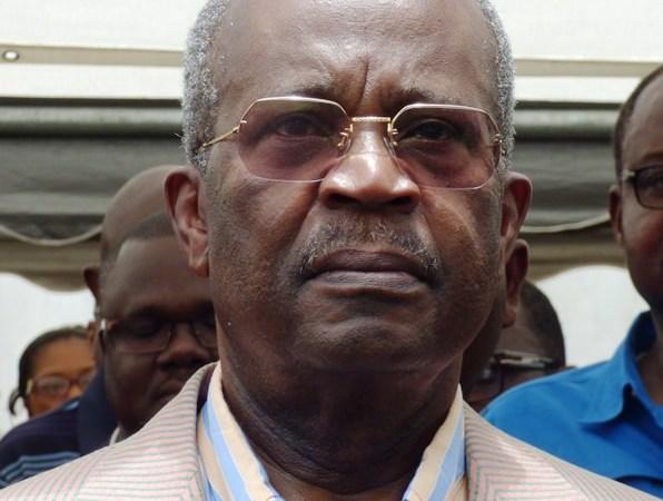 Casimir Oyé Mba livre finalement son évangile ce vendredi à Libreville