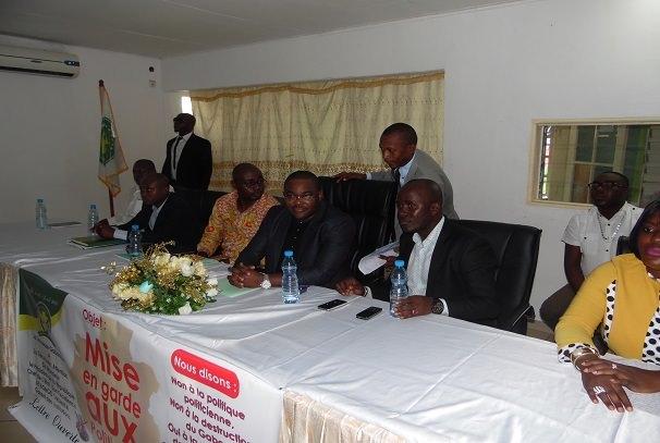 Gabon : Ali Bongo Ondimba interpellé par les jeunes