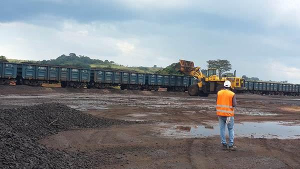 Manganèse : le Gabon soumet COMILOG à la concurrence indienne
