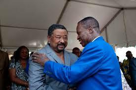 Gabon : La récompense de l'opposition du ventre ! les traîtres !  Tel père, tel fils !...