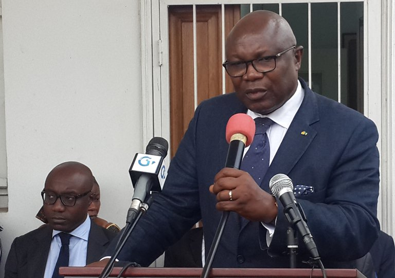 Gabon - Opposition du ventre - Cumule de fonctions : Maganga Moussavou assume