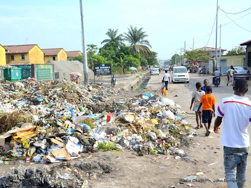 les regies financieres chargees de contribuer au fonds dassainissement de kinshasa - Kinshasa : 4000 volontaires mobilisés pour combattre l'insalubrité