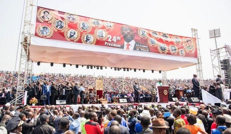 Investiture de Weah: Macky Sall à côté du footballeur Président