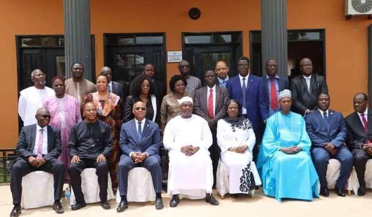 Jean Claude Kassi Brou et Mohamed Ibn Chambas en Gambie - Gambie : Fin de la visite de Jean-Claude Kassi Brou et Mohamed Ibn Chambas