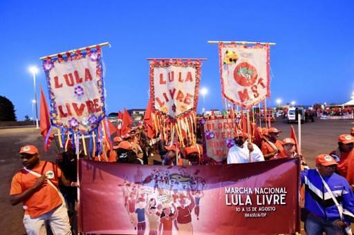 Brésil : les pro-Lula se mobilisent à la veille d'une date-clé pour la présidentielle
