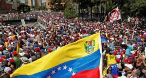 Président Guaido et président Maduro au Venezuela: qui sont leurs soutiens?