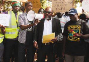 MARCHE DE PROTESTATION DES OSC CONTRE LE F CFA  « Nous voulons dès aujourd'hui notre indépendance monétaire »,: dit Pr Guissou de Urgences panafricaines
