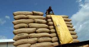 L'économie ivoirienne toujours dynamique, mais peut mieux tirer parti de l'urbanisation (BM)