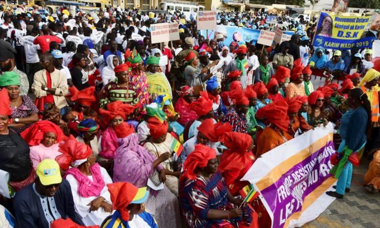 C7945806 1E30 4DE1 A9A2 5756CA9B4072 w1200 r1 s - Présidentielle au Sénégal: les quatre rivaux de Macky Sall