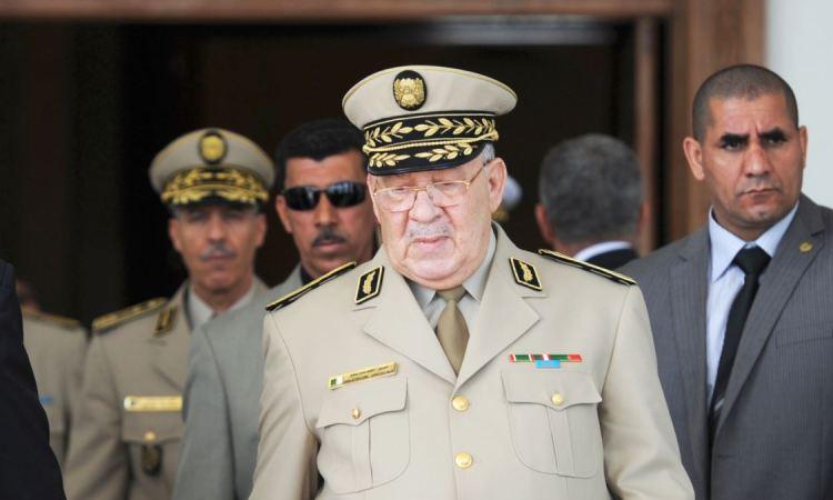 Le chef d'état-major demande de déclarer Bouteflika inapte