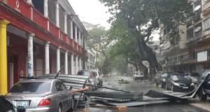"""Cyclone Idai au Mozambique: Beira """"endommagée ou détruite à 90%"""""""