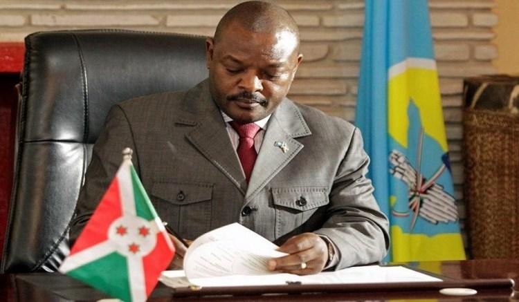 Burundi: NKurunziza enferme des écolières pour une caricature