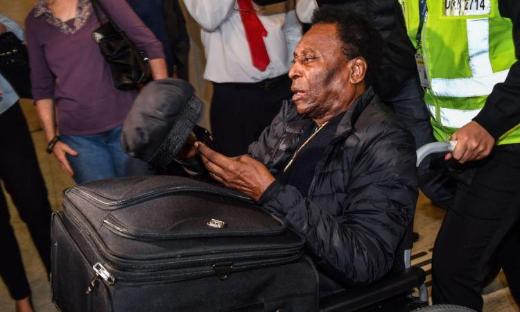 Pelé est sorti de l'hôpital au Brésil